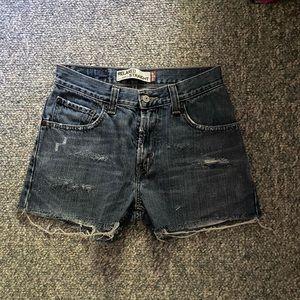 Levi's 559 sz 28 Relaxed Straight jean shorts EUC
